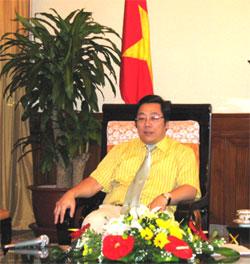 Thứ trưởng Ngoại giao - Chủ nhiệm Uỷ ban Nhà nước về người Việt Nam ở nước ngoài Nguyễn Thanh Sơn: Cùng nhau thắp sáng tinh thần đại đoàn kết dân tộc