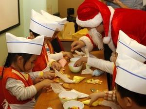 Mua quà Giáng sinh: Người tiêu dùng ưa hàng Việt