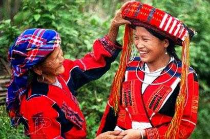 Lễ hội kéo chày của dân tộc Pà Thẻn