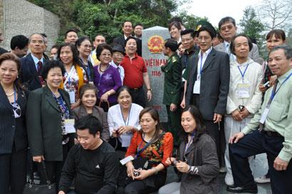 Bước chuyển quan trọng trong công tác về người Việt Nam ở nước ngoài