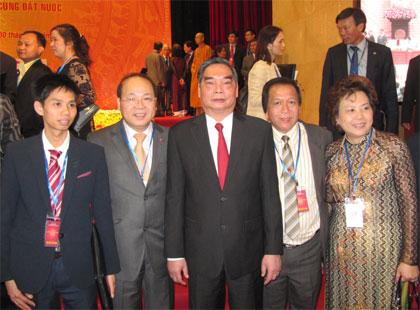 Hội nghị người Việt Nam ở nước ngoài lần thứ hai: Cùng đất nước hội nhập và phát triển