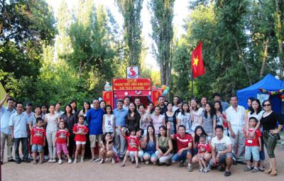 Dạy và học Tiếng Việt trong cộng đồng người Việt ở Rumani