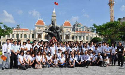 Trại hè Việt Nam 2011 đến với thành phố mang tên Bác