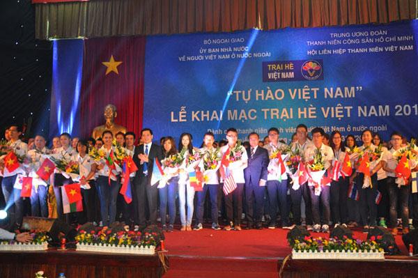 Khai mạc Trại hè Việt Nam 2015
