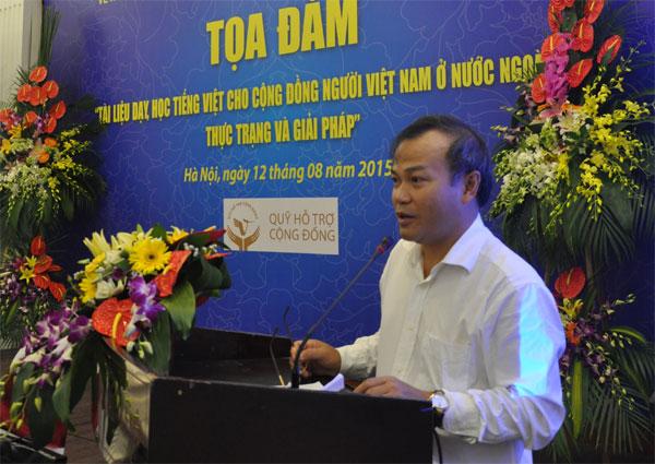 Hỗ trợ và xây dựng tài liệu dạy, học tiếng Việt cho cộng đồng NVNONN