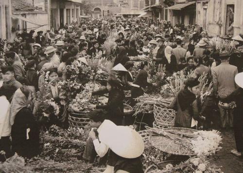 Chợ xưa Hà thành
