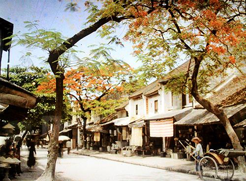 Những bức ảnh màu đầu tiên về Hà Nội