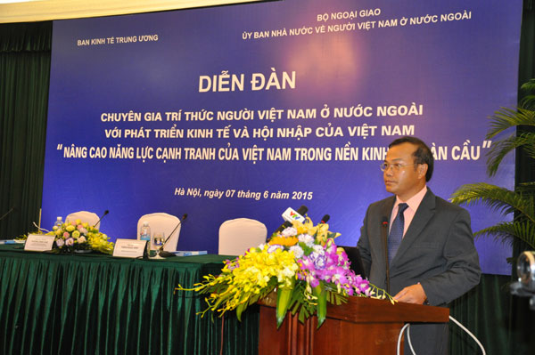 5 năm thực hiện Nghị quyết Đại hội XI của Đảng: Công tác về người Việt Nam ở nước ngoài  góp phần xây dựng và bảo vệ Tổ quốc