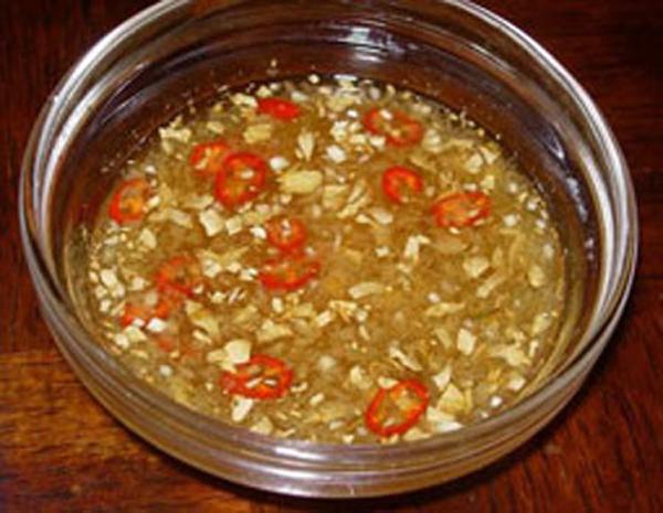 Nước mắm dừa Tam Quan - gia vị đặc biệt