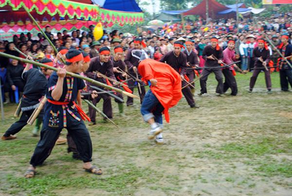 Lễ hội Mở cửa rừng của người Mường Yên Lập, Phú Thọ