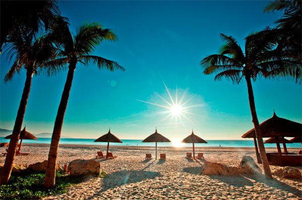 Ba bãi biển trốn nắng tuyệt đẹp ở miền Trung
