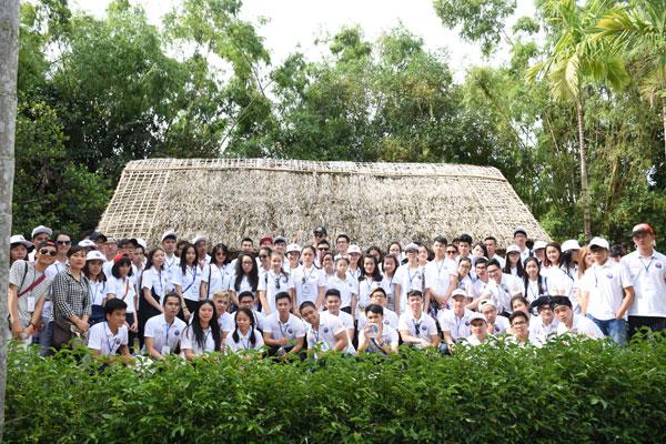 Trại hè Việt Nam 2016: Về với quê Bác – Nam Đàn thân thương