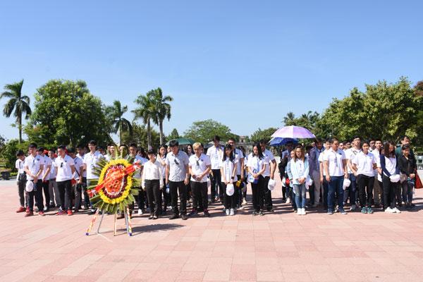 Trại hè Việt Nam 2016: Đến với Quảng Trị kiên cường