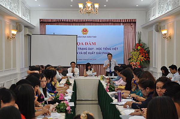 Tọa đàm về thực trạng dạy – học tiếng Việt cho người Việt Nam ở nước ngoài