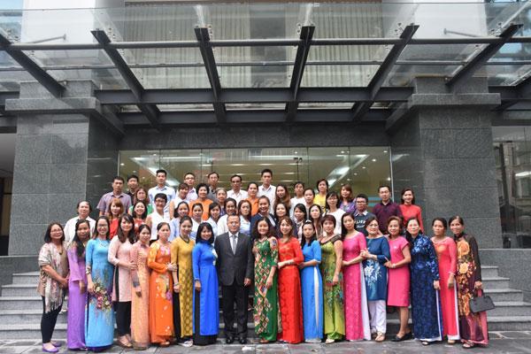 Ủy ban Nhà nước về NVNONN hỗ trợ tối đa việc dạy và học tiếng Việt cho kiều bào