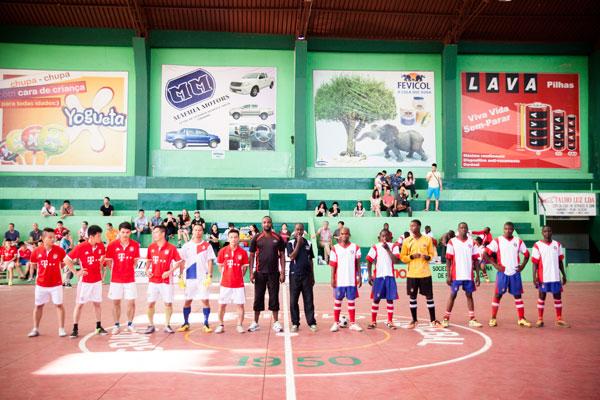 Giao hữu bóng đá Việt Nam – Mozambique