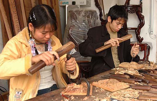 Nghề chạm khắc gỗ Ninh Xá