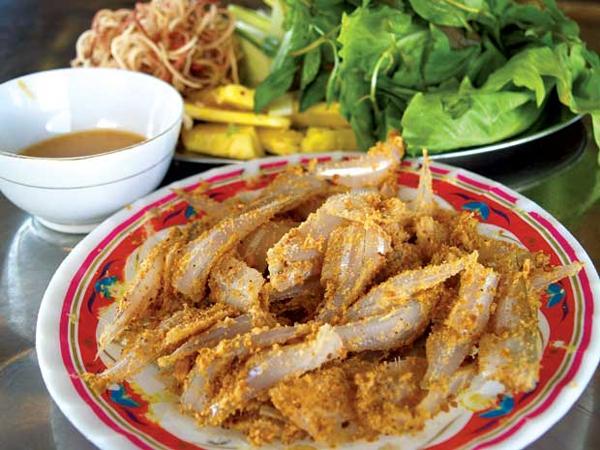 Món gỏi cá mòi - đặc sản biển Quảng Ninh