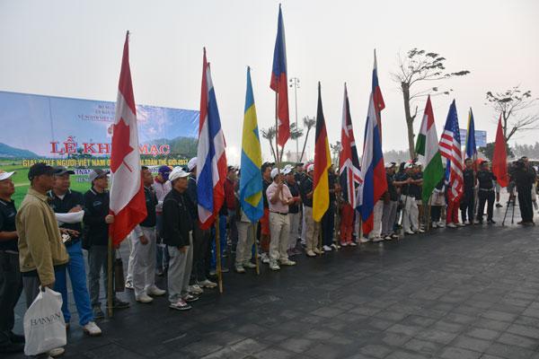 Gần 160 golf thủ kiều bào trở về từ gần 20 quốc gia và vùng lãnh thổ tham dự Giải
