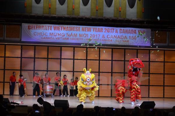 Cộng đồng người Việt tại Toronto vui đón Tết cổ truyền