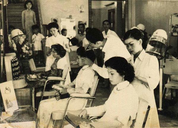 Sài Gòn chuyện đời của phố: Dầu dừa, tóc mượn, vòng cẩm thạch cẩn