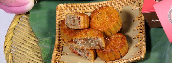 Bánh Trung thu làng Xuân Đỉnh - Tinh hoa từ hương vị cổ truyền