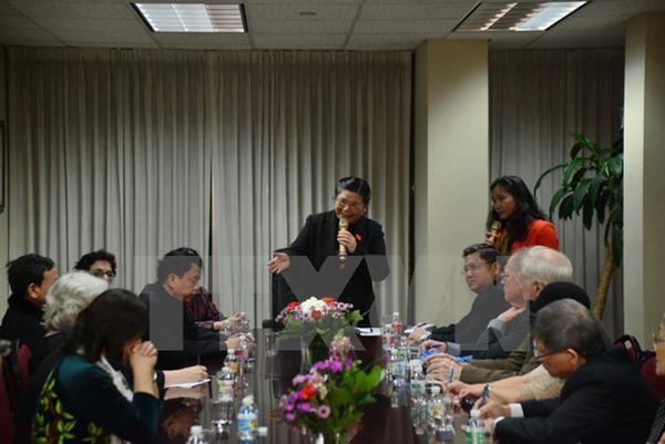 Bà Tòng Thị Phóng gặp gỡ bạn bè Mỹ và cộng đồng người Việt ở New York