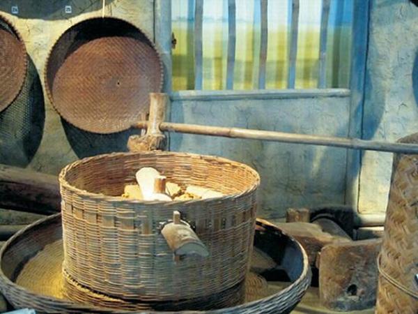 Nhớ về nghề đóng cối xay tre
