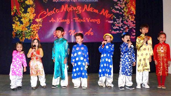 Lễ hội mừng xuân của cộng đồng người Việt tại Vương quốc Thụy Điển