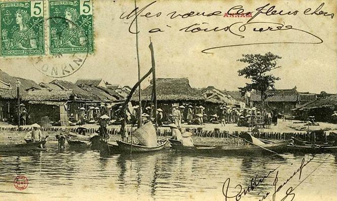 Kinh thành Huế đầu thế kỷ XIX: Người Pháp tại Huế