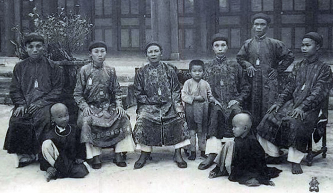 Kinh thành Huế đầu thế kỷ XIX: Bái kiến Thuận Thiên Cao Hoàng hậu