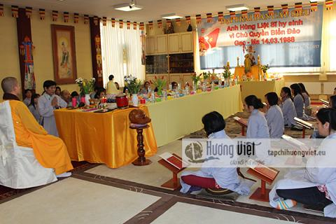 Người Việt tại Đức tổ chứcLễ cầu siêu tưởng nhớ và tri ân các anh linh liệt sĩ đã hy sinh tại Đảo Gạc Ma