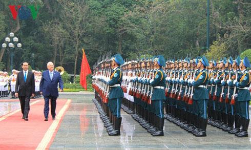 Chủ tịch nước chủ trì lễ đón Tổng thống Israel và Phu nhân