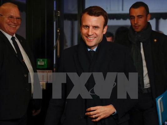 Ông Macron được dự đoán sẽ thắng cử tổng thống Pháp