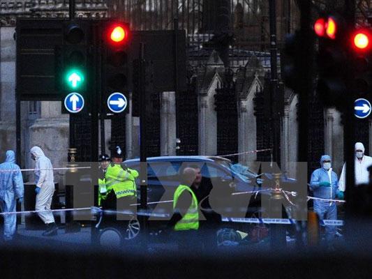 Thủ tướng gửi điện chia buồn về vụ tấn công khủng bố tại Anh