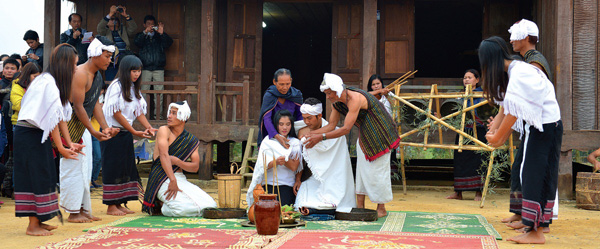 Huyền thoại vũ điệu Tamya của người Chu Ru