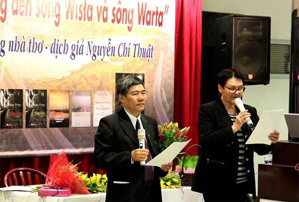 """Giao lưu """"Từ sông Hồng đến sông Wisła và sông Warta"""" với GS Nguyễn Chí Thuật"""
