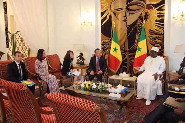 Đặc phái viên Chủ tịch nước, Thứ trưởng Ngoại giao Vũ Hồng Nam thăm Cộng hòa Xê-nê-gan