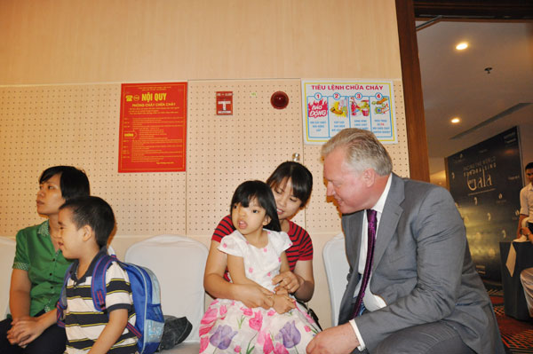 Đêm Gala từ thiện vì trẻ em dị tật sọ mặt tại Việt Nam