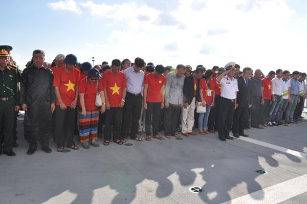 Lễ tưởng niệm các chiến sĩ hy sinh trên vùng biển đảo quê hương