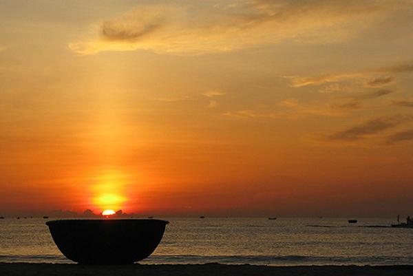 Đứng trước biển