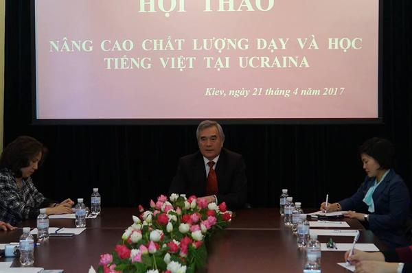 Trăn trở việc học tiếng Việt của con em cộng đồng Việt Nam tại Kiev