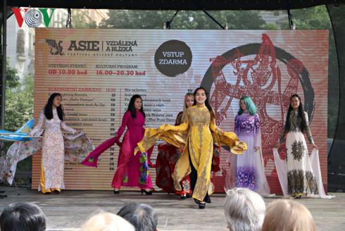 Việt Nam quảng bá hình ảnh tại Lễ hội văn hóa châu Á