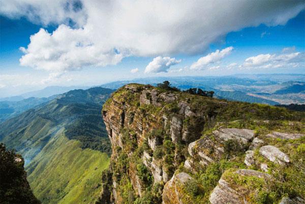 Những điểm du lịch mạo hiểm hấp dẫn nhất Việt Nam
