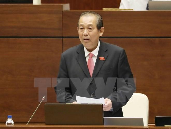 Phó Thủ tướng Trương Hòa Bình trả lời chất vấn về