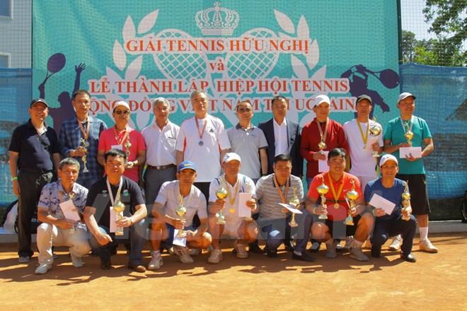 Thành lập Hiệp hội tennis cộng đồng Việt Nam tại Ukraine