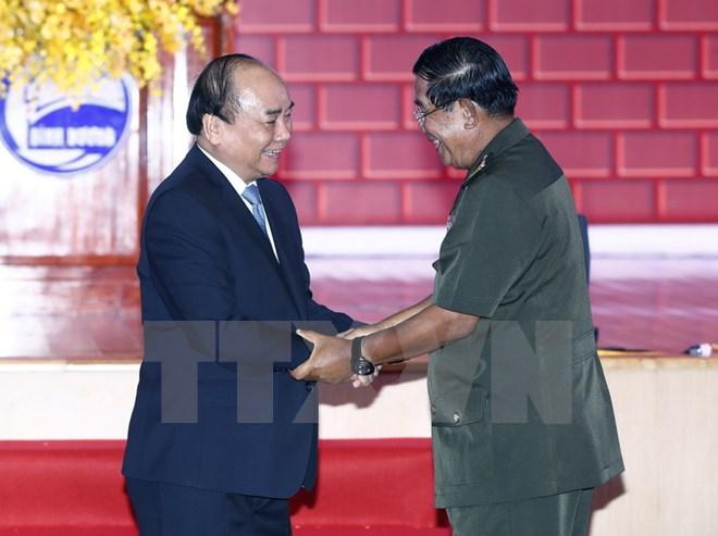Thủ tướng Hun Sen ca ngợi tình đoàn kết giữa Việt Nam và Campuchia