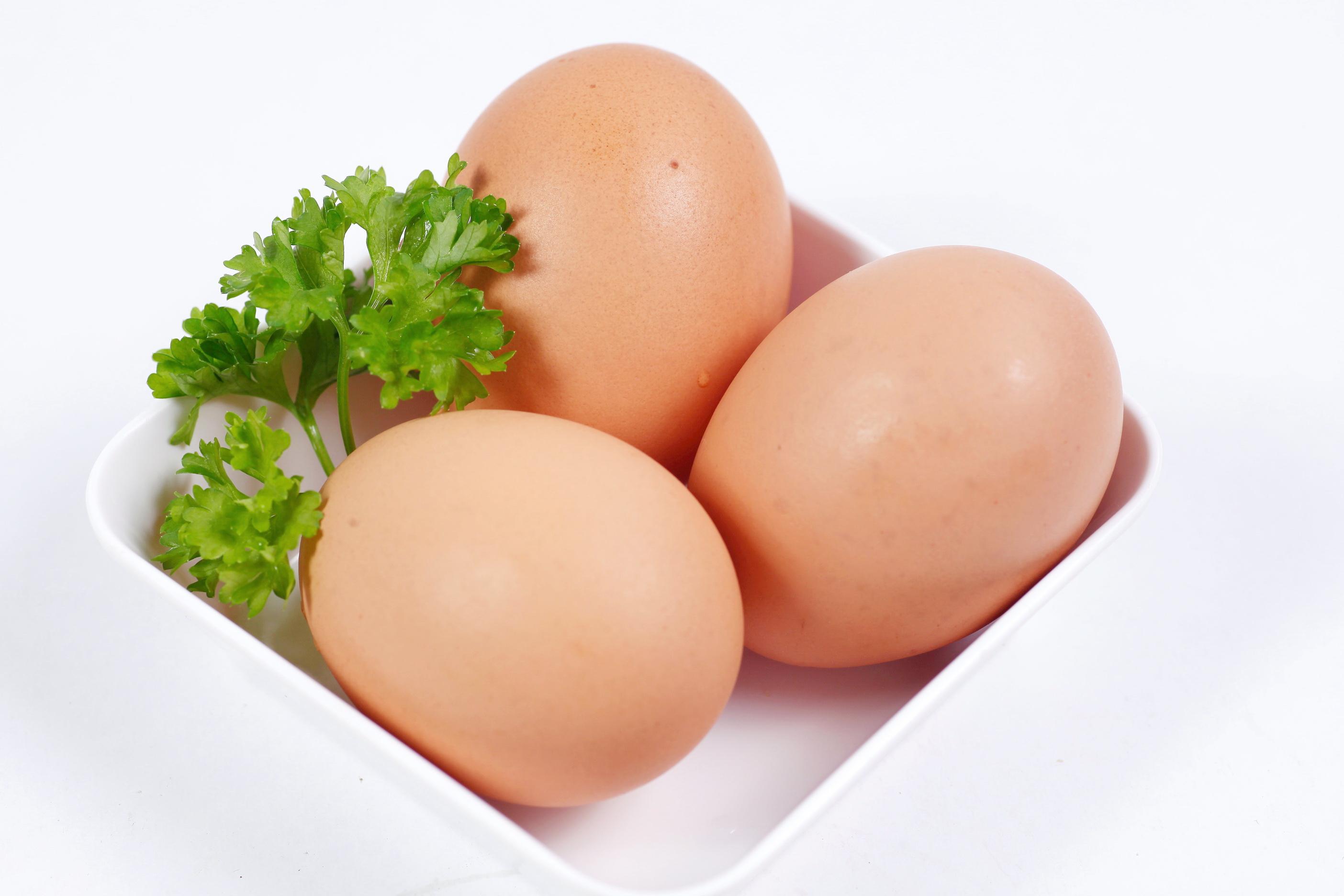 Tác dụng làm đẹp khó tin từ trứng gà