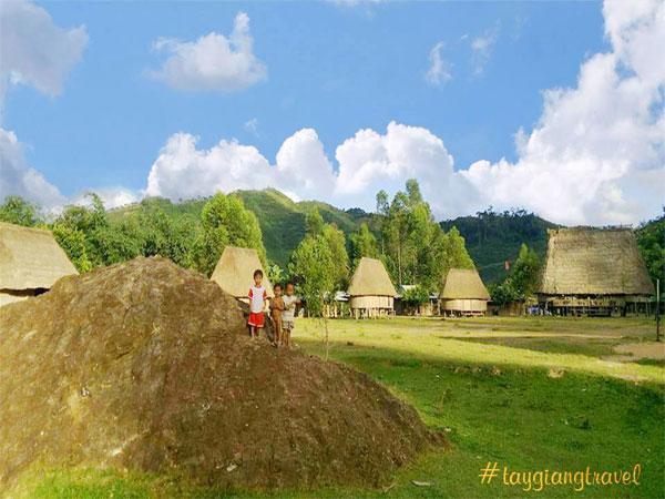Đến thăm vùng Tây Giang, Quảng Nam