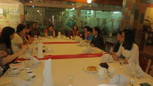 Đại sứ Việt Nam tại Bangladesh thăm và làm việc với trường Đại học Phụ nữ châu Á